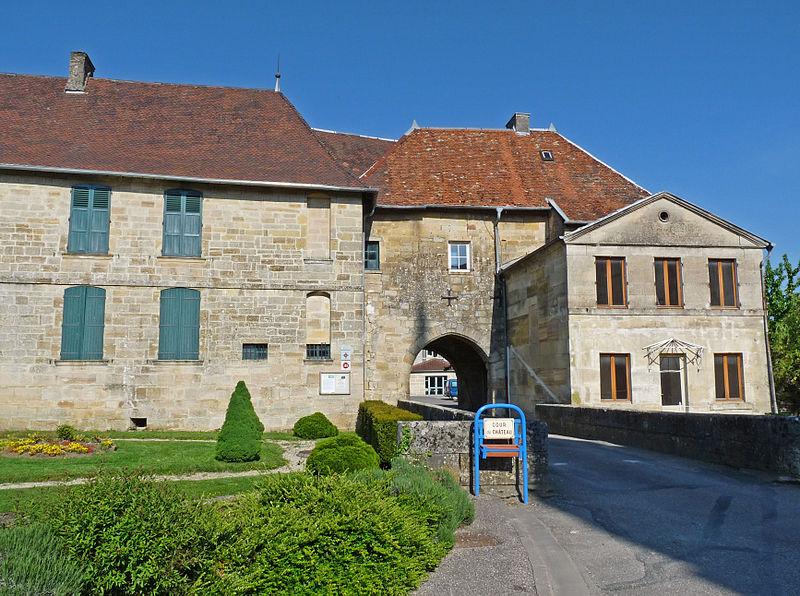 Photo du Monument Historique Château de Lisle situé à Lisle-en-Rigault