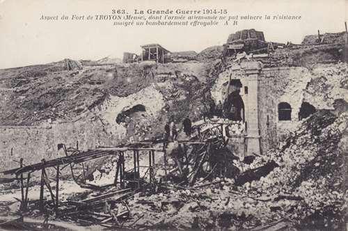 Photo du Monument Historique Ancien fort de Troyon (également sur commune de Lacroix-sur-Meuse) situé à Troyon