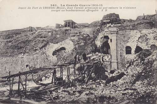 Photo du Monument Historique Ancien fort de Troyon situé à Lacroix-sur-Meuse