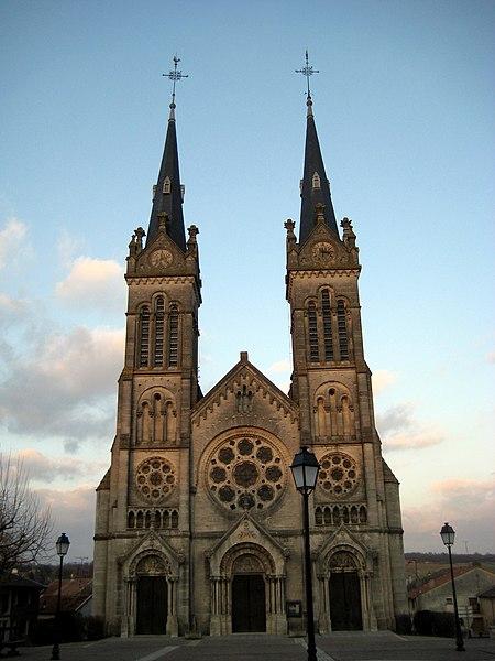 Photo du Monument Historique Eglise Saint-Pierre-et-Saint-Paul situé à Euville