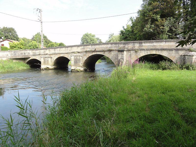 Photo du Monument Historique Pont sur la Saulx situé à Beurey-sur-Saulx