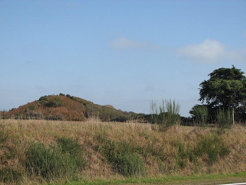 Photo du Monument Historique Butte de Thumiac ou de César situé à Arzon