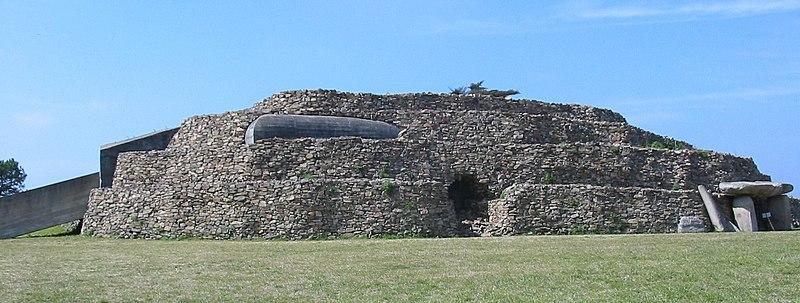 Photo du Monument Historique Dolmen du Petit-Mont situé à Arzon