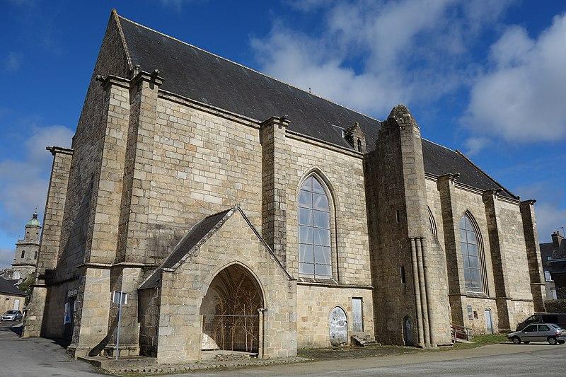 Photo du Monument Historique Ancienne chapelle du Saint-Esprit, puis caserne Duguesclin situé à Auray