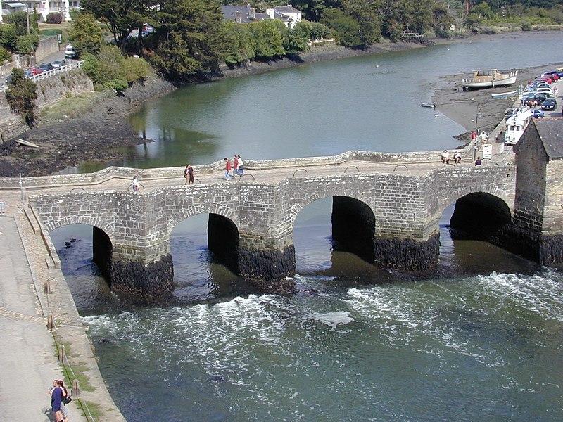 Photo du Monument Historique Pont de Saint-Goustan situé à Auray