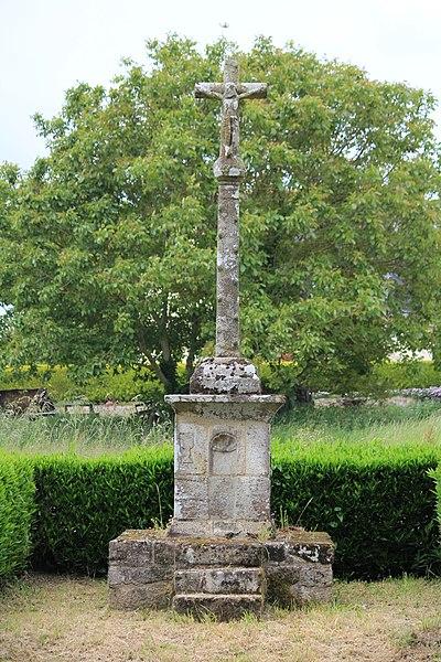 Photo du Monument Historique Croix de Ténuel situé à Baud
