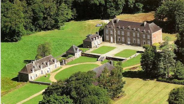 Photo du Monument Historique Château de Léhélec situé à Béganne