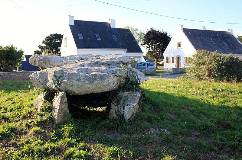 Photo du Monument Historique Dolmen à galerie situé à Belz
