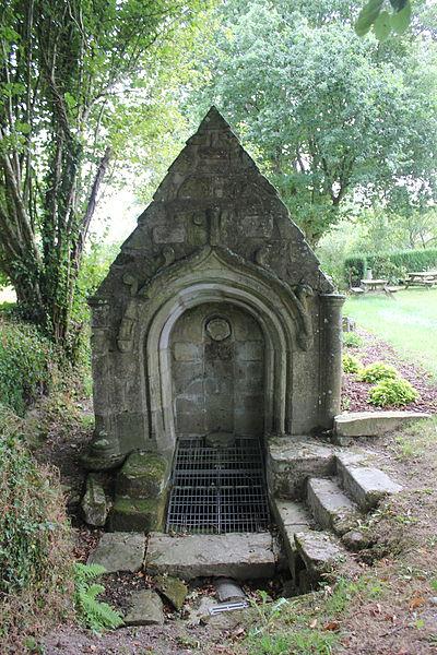 Photo du Monument Historique Fontaine Saint-Eloi situé à Bignan