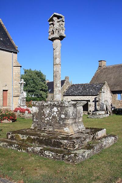 Photo du Monument Historique Cimetière situé à Brech