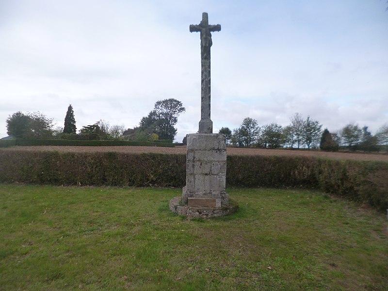 Photo du Monument Historique Croix de chemin situé à Bréhan