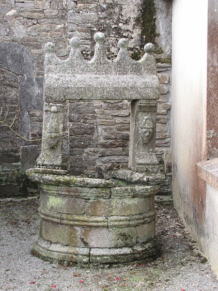 Photo du Monument Historique Puits situé à Calan