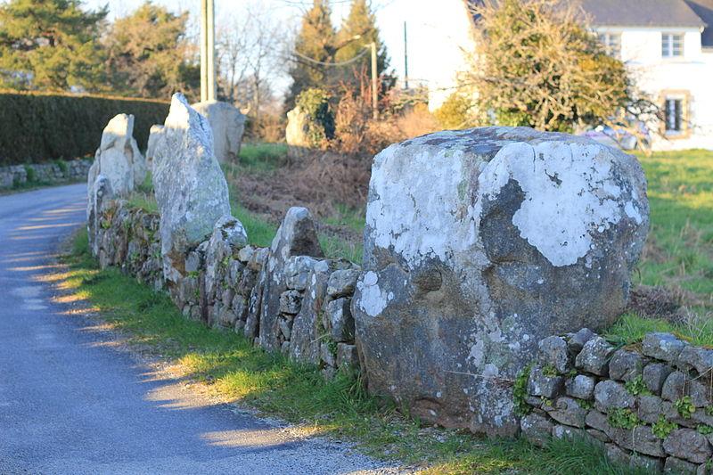 Photo du Monument Historique Restes de cromlech situé à Carnac