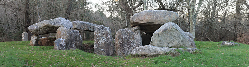 Photo du Monument Historique Dolmens de Kériaval situé à Carnac