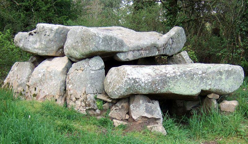 Photo du Monument Historique Dolmen de Roch-Feutet situé à Carnac