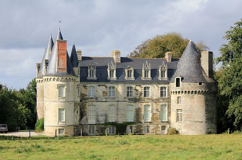 Photo du Monument Historique Château de Crévy situé à La Chapelle-Caro