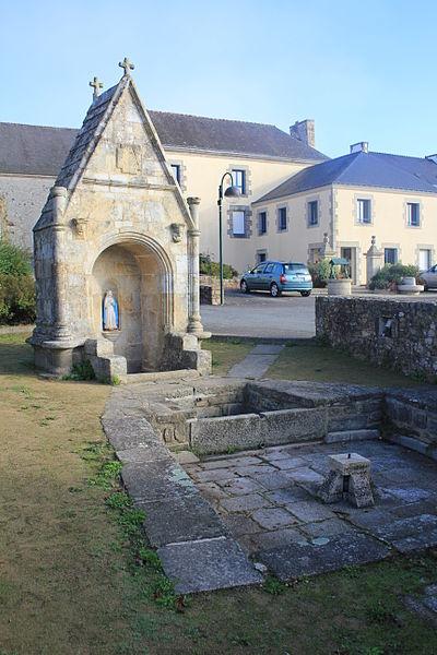 Photo du Monument Historique Fontaine situé à Chapelle-Neuve (La)