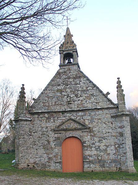 Photo du Monument Historique Chapelle et fontaine de la Trinité situé à Cléguérec