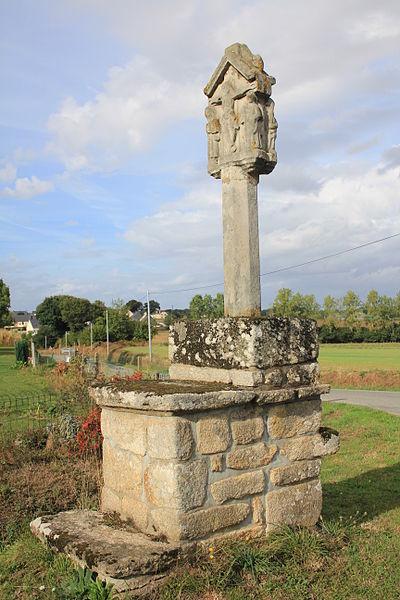 Photo du Monument Historique Croix de Belon situé à Croix-Helléan (La)