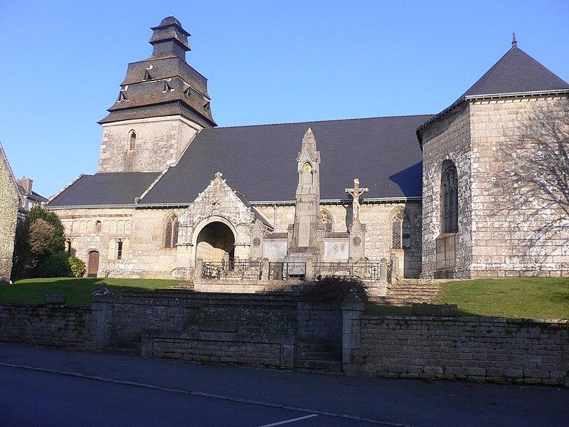 Photo du Monument Historique Eglise paroissiale Notre-Dame de l'Assomption situé à Faouët (Le)