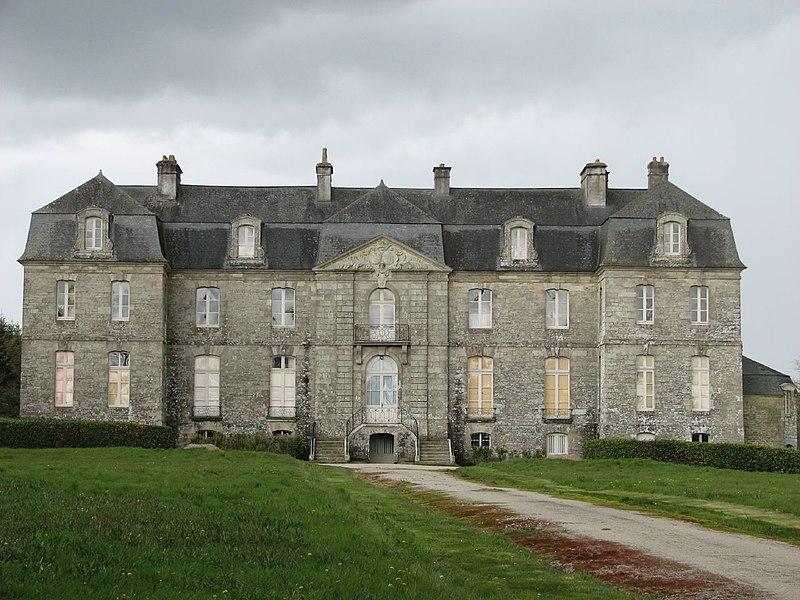 Photo du Monument Historique Château de Trégranteur situé à Guégon