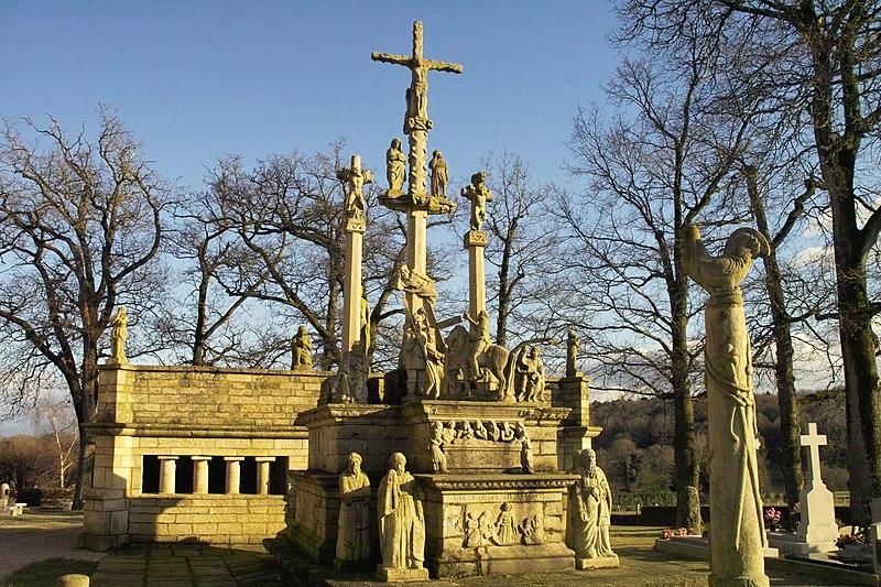 Photo du Monument Historique Cimetière situé à Guéhenno
