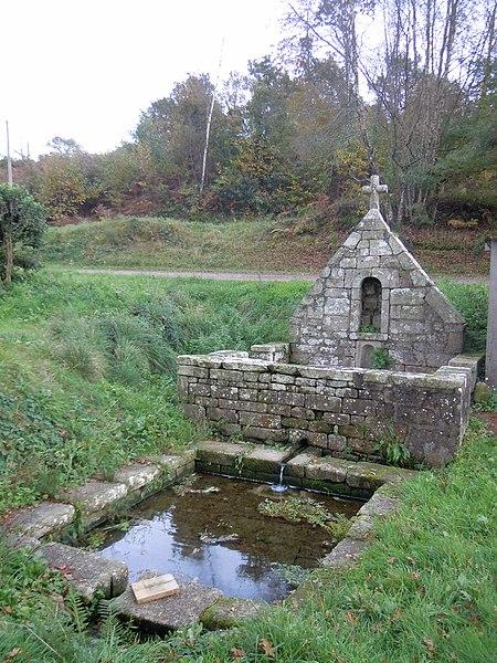 Photo du Monument Historique Fontaine de Locmeltro situé à Guern