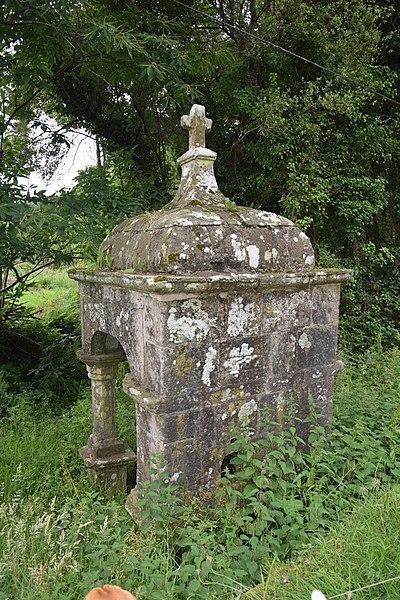 Photo du Monument Historique Fontaine Sainte-Marie situé à Guerno (Le)