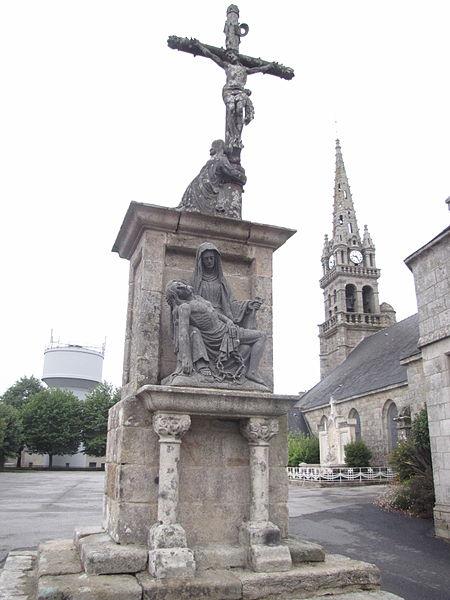 Photo du Monument Historique Calvaire situé à Guiscriff