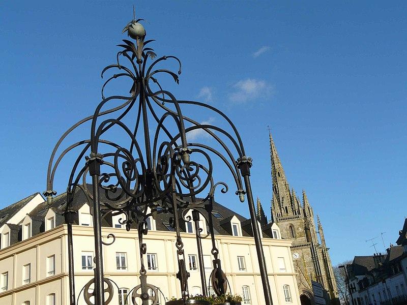 Photo du Monument Historique Puits Ferré situé à Hennebont