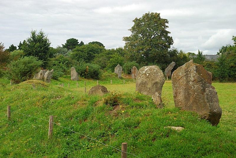 Photo du Monument Historique Cromlech de Kergenan situé à Île-aux-Moines