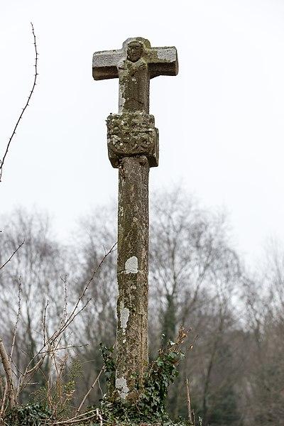 Photo du Monument Historique Croix armoriée de Kério situé à Kervignac