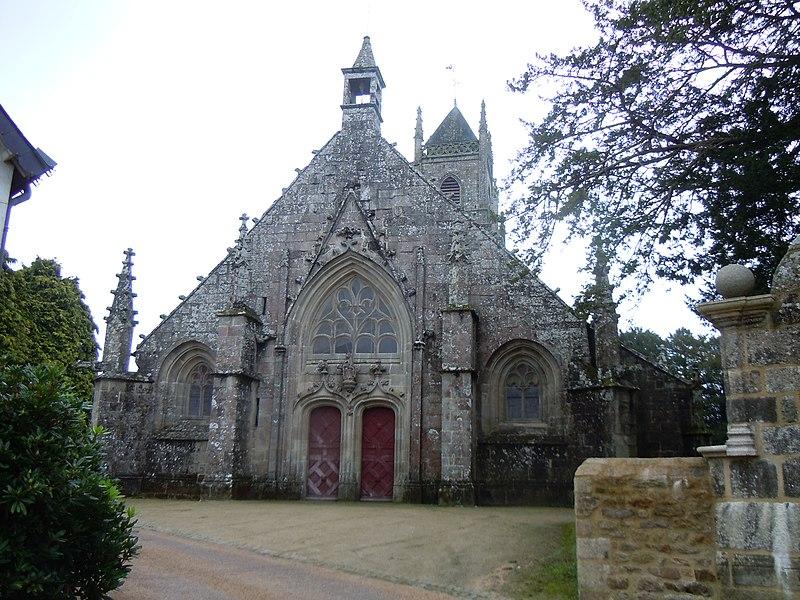Photo du Monument Historique Eglise Saint-Pierre et Saint-Paul situé à Langonnet