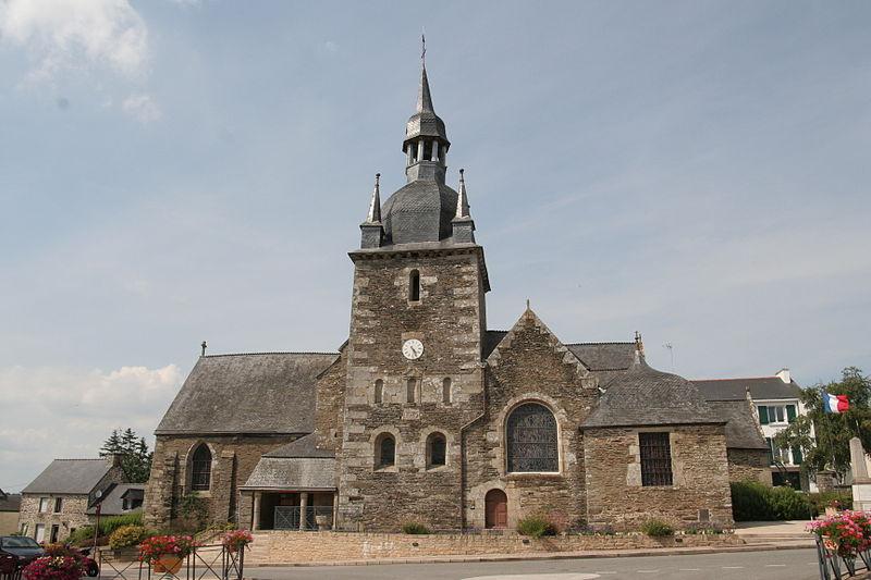 Photo du Monument Historique Eglise Saint-Pierre situé à Lanouée