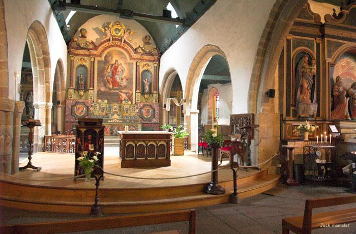 Photo du Monument Historique Eglise Notre-Dame situé à Larmor-Plage
