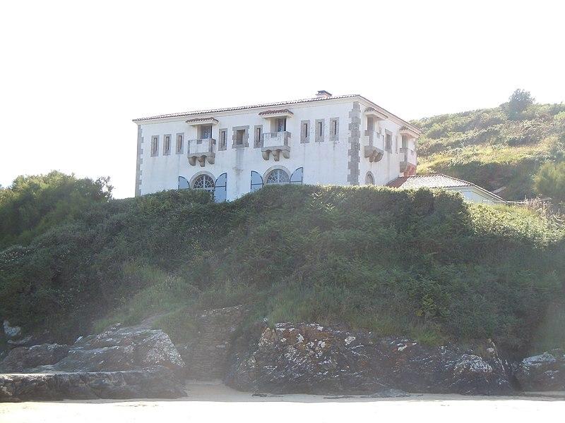 Photo du Monument Historique Fort du Port-Maria situé à Locmaria