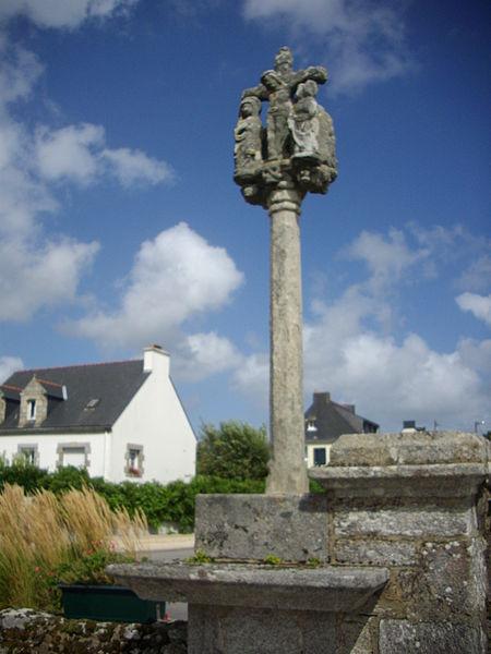 Photo du Monument Historique Cimetière situé à Locqueltas