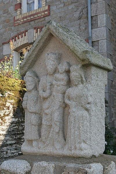 Photo du Monument Historique Croix du 17e siècle situé à Malestroit