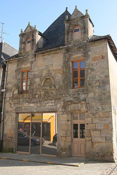 Photo du Monument Historique Maison du 16e siècle situé à Malestroit