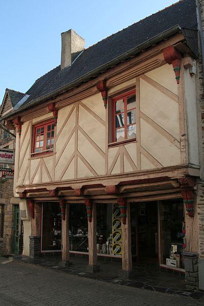 Photo du Monument Historique Maison Le Moué situé à Malestroit