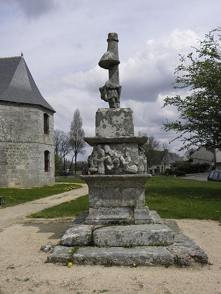 Photo du Monument Historique Cimetière désaffecté situé à Malguénac