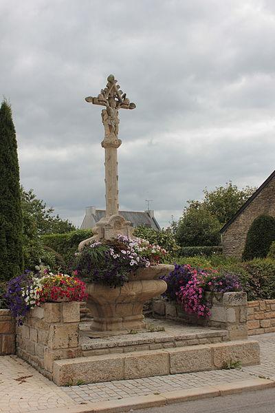 Photo du Monument Historique Calvaire du 17e siècle situé à Moréac