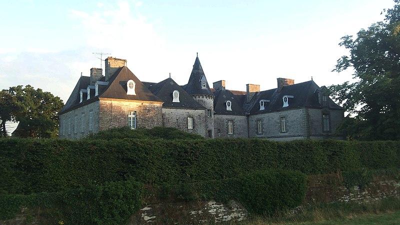 Photo du Monument Historique Château de Malleville situé à Ploërmel