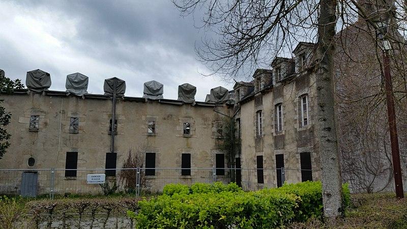 Photo du Monument Historique Ancien couvent des Carmélites situé à Ploërmel