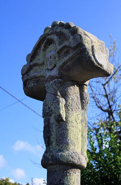 Photo du Monument Historique Croix du 16e siècle situé à Ploërmel