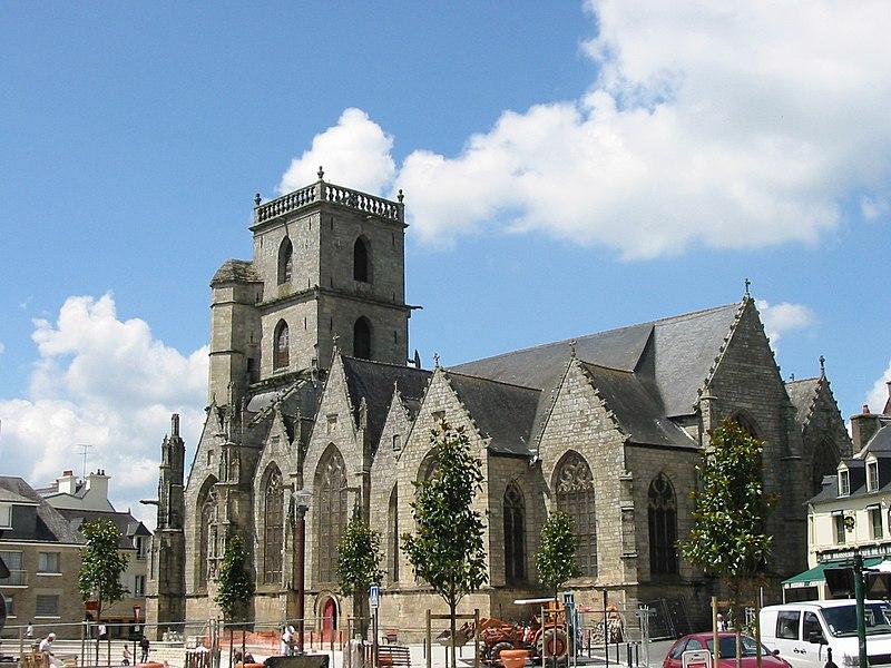Photo du Monument Historique Eglise Saint-Armel situé à Ploërmel