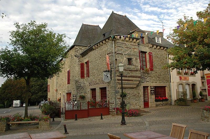 Photo du Monument Historique Ancien hôtel Le Gouesbe situé à Ploërmel