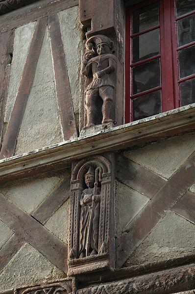 Photo du Monument Historique Maison dite des Marmousets situé à Ploërmel