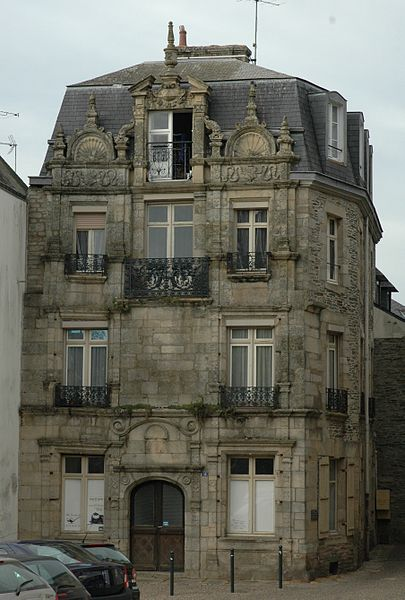Photo du Monument Historique Maison du 17e siècle situé à Ploërmel