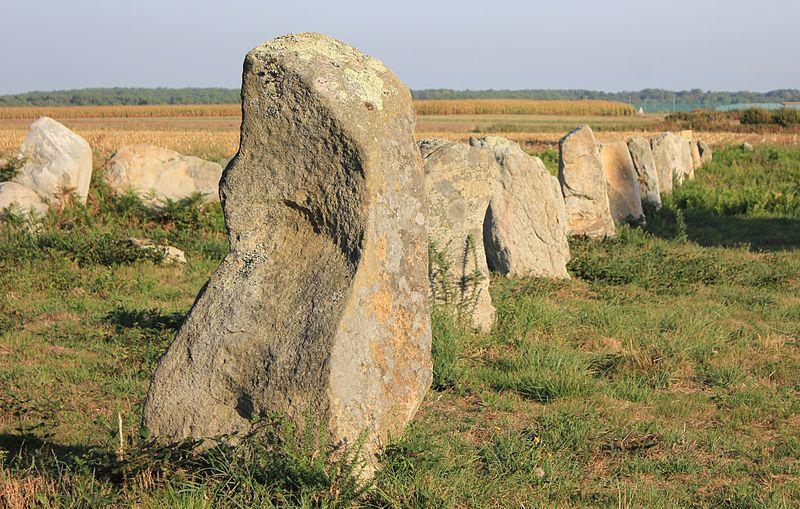 Photo du Monument Historique Alignements du Gueldro situé à Plouhinec